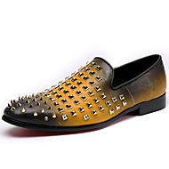 baratos Sapatos Masculinos-Homens Sapatos de couro Pele Napa Inverno Formais Mocassins e Slip-Ons Não escorregar Amarelo / Azul / Vinho / Festas & Noite