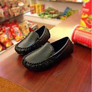 baratos Sapatos de Menino-Para Meninos Sapatos Couro Ecológico Primavera & Outono Conforto / Primeiros Passos Mocassins e Slip-Ons para Infantil / Bébé Preto / Bege / Marron