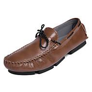 tanie Obuwie męskie-Męskie Mokasyny PU Jesień Casual Mokasyny i buty wsuwane Oddychający Biały / Czarny / Kawowy