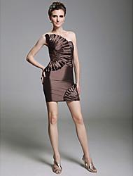 abordables -Fourreau / Colonne Sans Bretelles Courte / Mini Taffetas Robe avec Billes / Appliques / Volants par TS Couture®