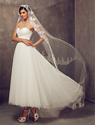 Wedding Veil One-tier Cathedral Veils Lace Applique Edge 118.11 in (300cm) Tulle Ivory Sheath/ Column Trumpet/ Mermaid