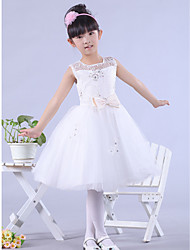 cheap -A-Line Knee Length Flower Girl Dress - Lace / Satin / Tulle Sleeveless Bateau Neck with Bow(s) / Lace / Sash / Ribbon by / Spring / Summer / Fall
