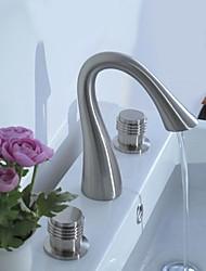 Moderno Installazione centrale Valvola in ceramica Tre Due maniglie Tre fori for  Nickel spazzolato , Lavandino rubinetto del bagno