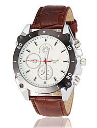 baratos -Homens Relógio de Pulso Venda imperdível Couro Banda Amuleto / Relógio Elegante Preta / Branco / Marrom
