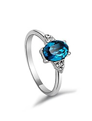 Bague anneau étoilée en or 18 carats en or avec pendentifs en cristal