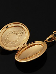 Lockets Necklaces
