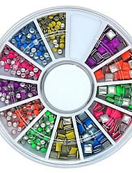 preiswerte -600pcs Farbe der Mischung quadratische und runde Form neon Metallbolzen Nagelkunst Dekoration