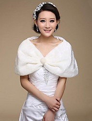 cheap -Sleeveless Faux Fur Wedding Party Evening Fur Wraps Wedding  Wraps With Lace Shrugs
