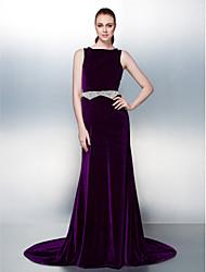 Linha A Bateau Neck Cauda Corte Veludo Evento Formal Vestido com Miçangas Detalhes em Pérolas Faixa / Fita de TS Couture®