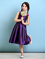 billige -A-linje / Prinsesse Spaghettistropper Knælang Taft Junior brudepigekjole med Kryds & Tværs / Blomst ved LAN TING BRIDE® / Naturlig