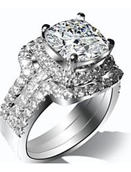 Anillos De mujeres Diamantes Sintéticos Plata / Chapado en Plata Plata / Chapado en Plata 4.0 / 5 / 6 / 7 / 8 / 9 / 10¼ / 11 Como la foto