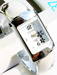 Women's New Square Dial Flower Pattern Fashion Quartz Bangle Watch (Assorted Colors) Cool Watches Unique Watches