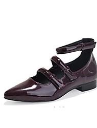 baratos -Mulheres Sapatos Courino Primavera / Verão / Outono Sem Salto Preto / Vermelho / Preto / Vermelho