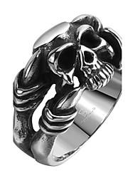 Недорогие -Кольцо Нержавеющая сталь Титановая сталь В форме черепа Серебряный Бижутерия Halloween Повседневные Спорт 1шт