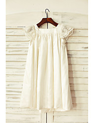 Sheath / Column Knee Length Flower Girl Dress - Stretch Satin Short Sleeves Square Neck with Pleats by thstylee