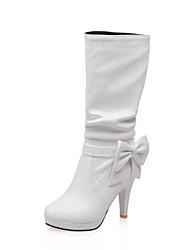 baratos -Mulheres Sapatos Courino Outono / Inverno Salto Agulha 10.16-15.24 cm / Botas Cano Médio Laço Branco / Preto / Amêndoa
