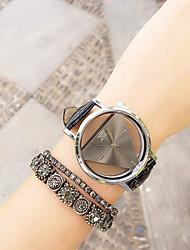economico -Per donna Orologio alla moda Orologio braccialetto Quarzo Cronografo PU Banda Nero Bianco