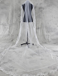 cheap -One-tier Lace Applique Edge Wedding Veil Chapel Veils Cathedral Veils With Applique Tulle
