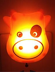 kreativni Topla bijela krava svjetlosni senzor koji se odnosi na bebe spavaju noćno svjetlo (slučajan odabir boje)