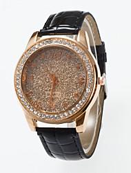 baratos -Mulheres Relógio de Pulso / Simulado Diamante Relógio / Relógio Pavé imitação de diamante / / PU Banda Casual / Fashion Preta / Vermelho / Marrom