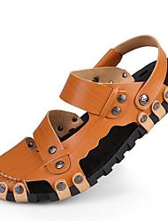 baratos -Homens Sapatos Couro Primavera / Verão / Outono Conforto Sem Salto Marron