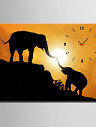 E-HOME® Elephant Mother And Child Clock in Canvas 1pcs