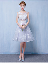 A-Line Scoop Neck Short / Mini Tulle Bridesmaid Dress with Appliques by life's loving
