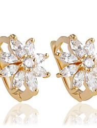 povoljno -Žene 1 Viseće naušnice Moda Legura Cvijet Jewelry Zlato Vjenčanje Party Dnevno Kauzalni Nakit odjeće
