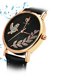 cheap -Women's Quartz Wrist Watch / Hot Sale Leather Band Snowflake Casual Dress Watch Fashion Black White Red Brown