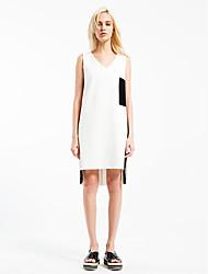 The original design of the European women's boutique station code 2016 summer new V collar irregular ladies skirt