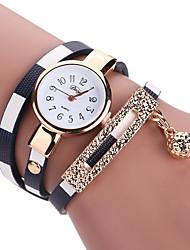 baratos -Mulheres Bracele Relógio / Relógio de Pulso PU Banda Amuleto / Vintage / Casual Preta / Azul / Vermelho