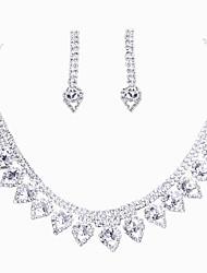 abordables -Femme Strass Ensemble de bijoux 1 Collier / 1 Paire de Boucles d'Oreille - Argent Pour Mariage / Soirée