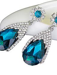 abordables -Femme Boucles d'oreille goutte Saphir synthétique Luxe Cristal Imitation Diamant Goutte Bijoux Mariage Soirée Quotidien Bijoux de
