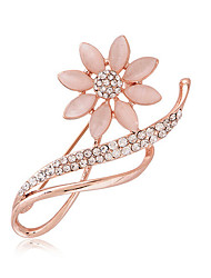 cheap -Women's Imitation Diamond Brooches - Luxury / Fashion Silver / Golden Brooch For Wedding / Party / Daily