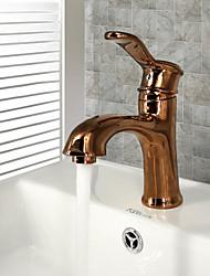 economico -Antico Installazione centrale Separato Valvola in ceramica Uno Una manopola Un foro Rame anticato , Lavandino rubinetto del bagno