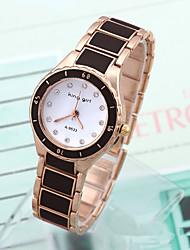 Pánské Sportovní hodinky Módní hodinky Náramkové hodinky Křemenný Slitina Kapela Přívěsek Běžné nošení Vícebarevný