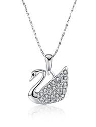 Femme Pendentif de collier Zircon cubique Forme d'Animal Zircon Plaqué argent Plaqué or Plaqué Or Rose Imitation de diamant Alliage