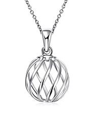 Feminino Colares com Pendentes Colares em Corrente Jóias Formato Oval Forma Geométrica Cobre Prata ChapeadaOriginal Pingente Amor Coração