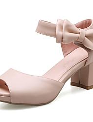 baratos -Mulheres Sapatos Courino Primavera / Verão D'Orsay Sandálias Salto Robusto / Salto de bloco Peep Toe / Dedo Aberto Laço / Colchete Bege /