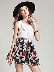 Europeu e americano real tiro verão vermelho e branco cintura colarinho plissado vestido de mangas curtas de duas peças