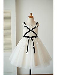 cheap -A-Line Knee Length Flower Girl Dress - Lace Tulle Sleeveless Straps with Bow(s) Flower(s) Sash / Ribbon by LAN TING BRIDE®