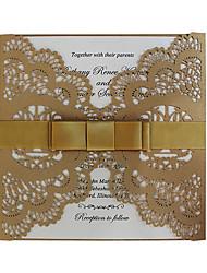 Недорогие -Сгиб-калитка Свадебные приглашения 50 - Пригласительные билеты / Образец приглашения / Открытки на День рождения Современный Картон