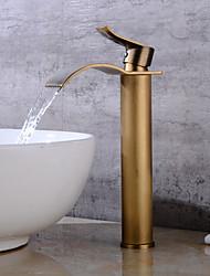 Недорогие -Ванная раковина кран - Водопад Античная медь По центру Одной ручкой одно отверстиеBath Taps