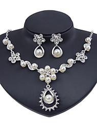abordables -Femme Strass Perle imitée Ensemble de bijoux - Classique euroaméricains Mode Forme de Cercle Fleur Set de Bijoux Collier de perles
