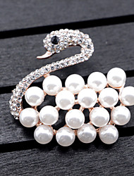 cheap -Women's Brooches Imitation Pearl Animal Design Alloy Animal Gold Jewelry For Wedding Party Special Occasion Party Evening Event/Party