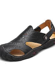 preiswerte -Herrn Schuhe PU Sommer Leuchtende Sohlen Sandalen Kombination für Normal Weiß Schwarz Hellbraun