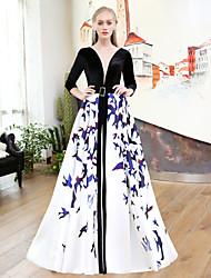 Linha A Decote V Cauda Escova Cetim Veludo Seda Mikado Ensaio de Casamento Evento Formal Vestido com Estampa Fenda Frontal Faixa de QZ
