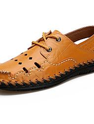 Недорогие -Муж. Легкие подошвы Кожа Лето Удобная обувь Сандалии Для плавания Черный / Желтый / Коричневый