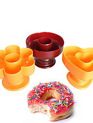 3PCS New Plastic different designs Donut Cake Mold Home DIY Desserts Bread Plunger Cutter Maker Mould