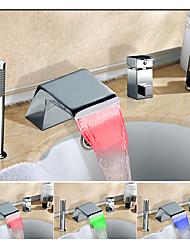 abordables -Changement de couleur Diffusion large Jet pluie Multi-teintes Soupape céramique Mitigeur Trois trous Chrome, Robinet de baignoire